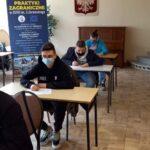 Zdjęcie nr 4 podczas testu z języka angielskiego w ramach programu Erasmus+